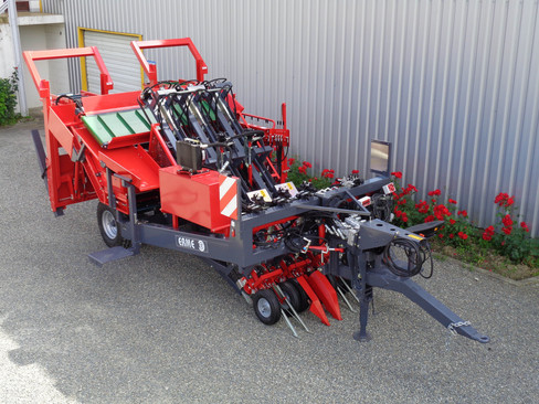 Multi row harvester topper REP